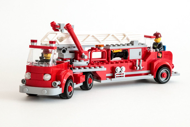 lego fire truck and trailer instructions