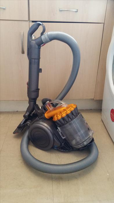 dyson dc22 cleaning instructions