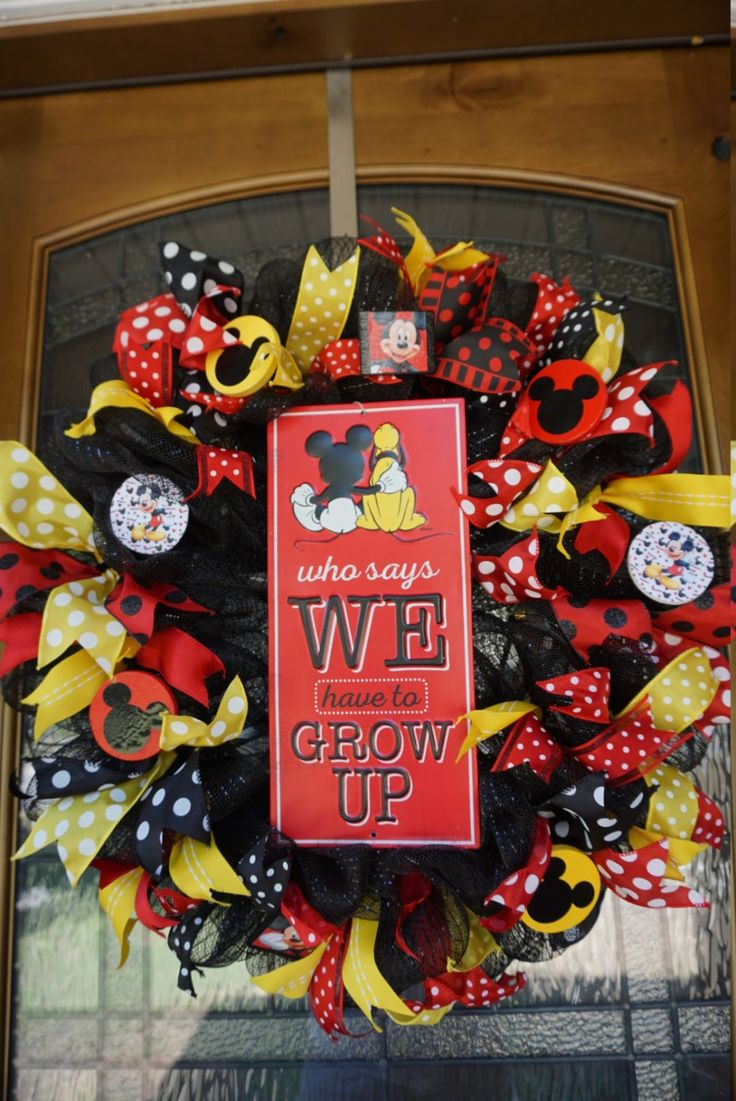 mickey mouse wreath instructions