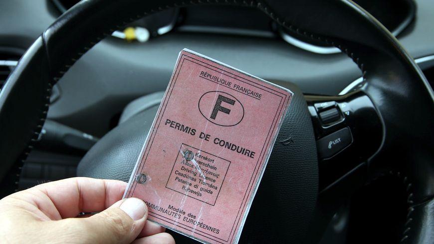 permis de conduire en cours d instruction delai